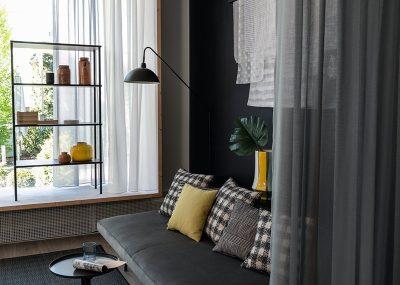 Einrichtungshaus_Knittelfelder_slide-jab-anstoetz-group-styles-of-living-modern-sarah-300-m01-schwarz-hr-l